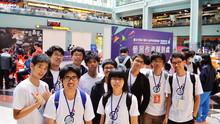 本校同學參加臺北市第 47 屆中小學科學展覽會合影